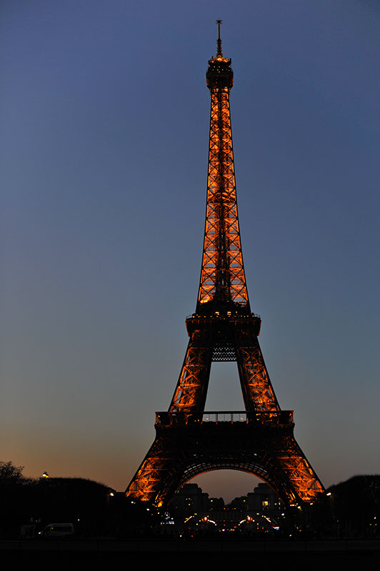 An early evening sunset image of the Eiffel tower