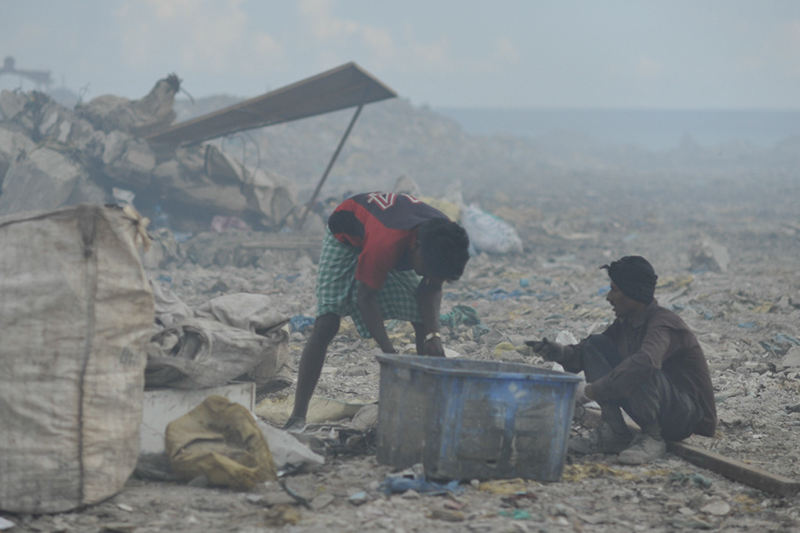 Maldives and Garbage Island